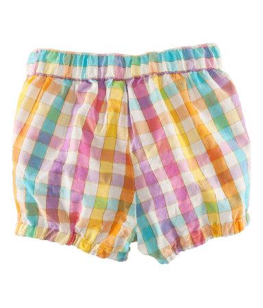 Shorts från HM, 49.50kr, strl 68-86.